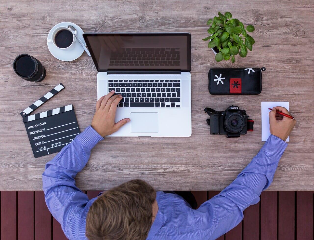 youtube-channel-filmmaker-video-editor-follow